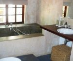 oak brook greyton accommodation self catering en-suite bathroom