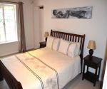 thirteen on vigne greyton accommodation queen bed